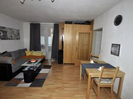 Kleine Eigentumswohnung im Zentrum von Lichtenberg