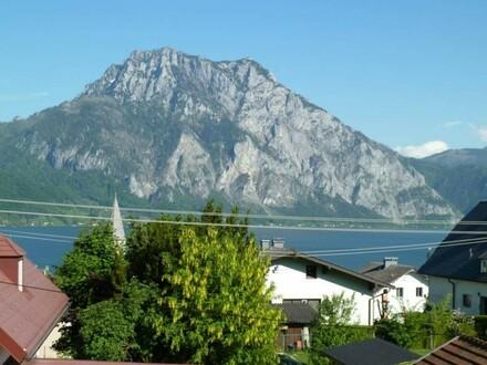 Wohnhaus mit tollem See- u. Traunsteinblick