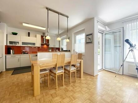 Charmante, helle 3-Zimmerwohnung mit Loggia/Balkon und Garagenstellplatz!