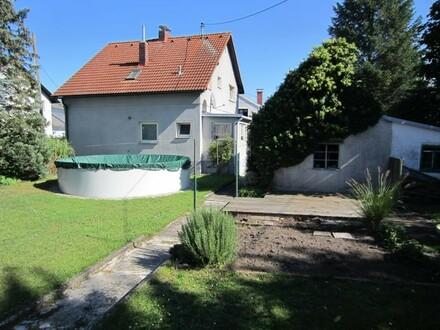 Kleines, sanierungsbedürftiges Häuschen in Toplage in Linz/Kleinmünchen