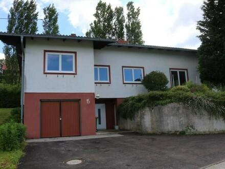 Renovierungsbedürftiges Wohnhaus in Aussichtslage