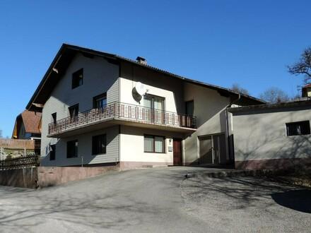 Wohnhaus mit zwei Wohneinheiten