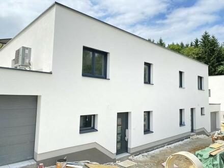 Moderne Doppelhaushälfte in Grenznähe TOP 3