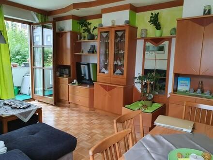 Sonnige Wohnung im Erdgeschoss mit Loggia