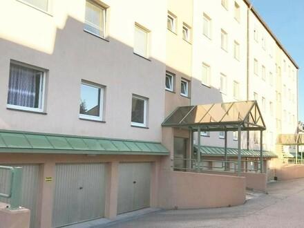 Zentrale Eigentumswohnung mit Loggia und Garage
