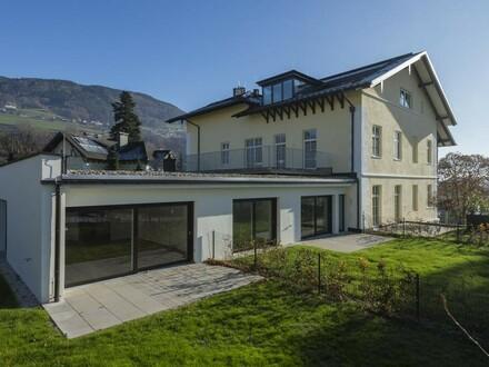 Moderne Gartenwohnung in stilvollem Ambiente