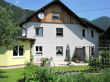 TOP Wohnhaus-Sehr guter Zustand- ca. 205 m² Wohnfläche mit Süd-Terrasse - 2022m² Grund