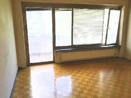 Eigentumswohnung mit 3 Schlafzimmern und Loggia