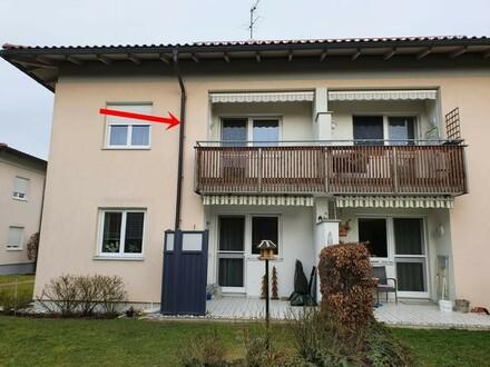 Top gepflegte 3 - Zimmerwohnung mit Balkon und Carport !