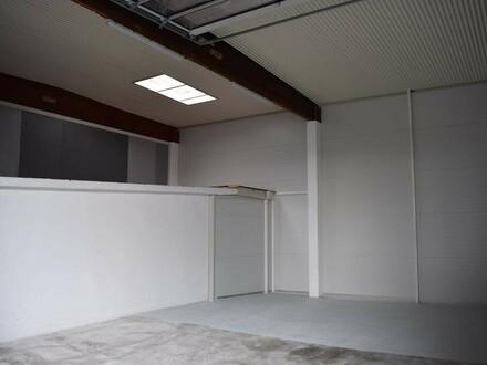 Lagerhalle Box 8