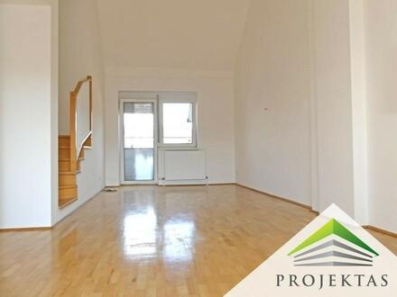 Helle 3 Zimmer DG-Maisonette-Wohnung mit Küche & Terrasse in Alt-Urfahr