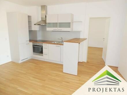 Freundliche 3 Zimmer Wohnung mit großem Balkon & Küche - Nähe Meduni - jetzt als BONUS 1 Monat mietfrei!