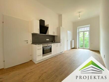 STILVOLLE 2 Zimmer-ALTBAU-Wohnung mit Küche in ruhiger Zentrumslage