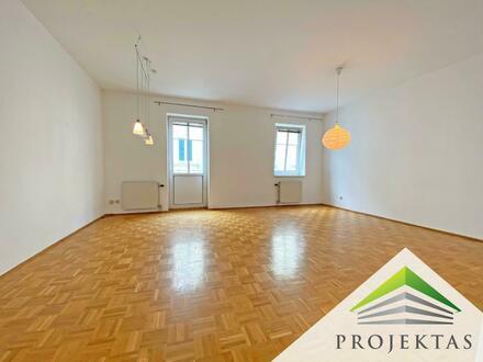 Ruhige 4 Zimmer-Wohnung mit Küche im Zentrum von Urfahr - Ideal für eine WG