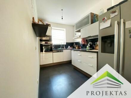 Moderne 3 Zimmerwohnung mit Küche und großem Balkon in Hörsching!