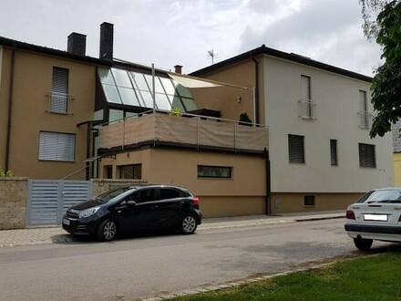BIETERVERFAHREN ÜBER 300 m² Wohnnutzfläche