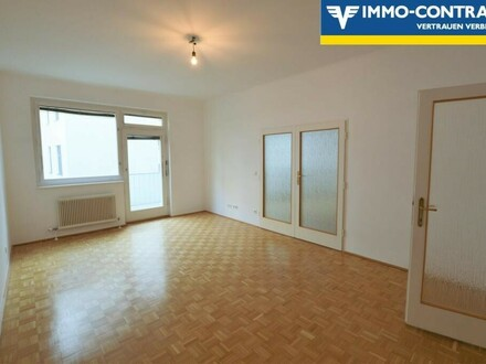 5-Zimmer-Wohnung mit Balkon!