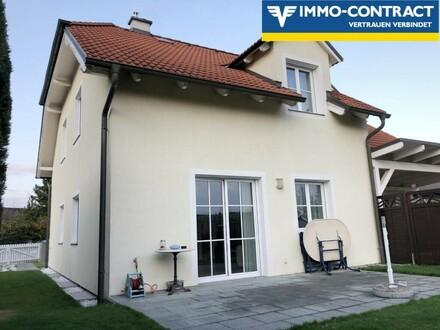 Seltene Gelegenheit: attraktives Doppelhaus in schöner Siedlungslage zu einem top Preis