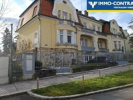 RARITÄT ! Aus Familienbesitz-Gründerzeit-Villa in gekoppelter Bauweise !