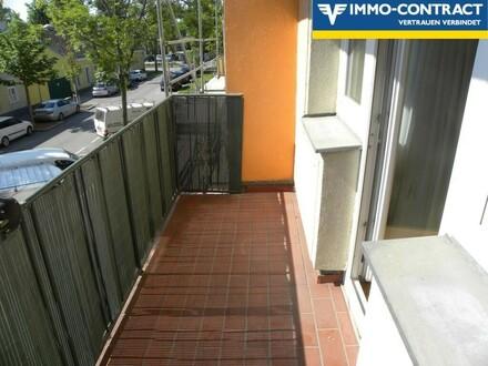 Freundliches 3 Zimmer Eigentum in Bestlage mit Balkon. Teilsanierung bzw. Renovierung notwendig !