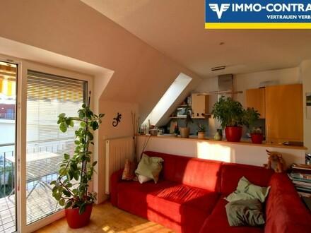Moderne, helle Dachgeschosswohnung