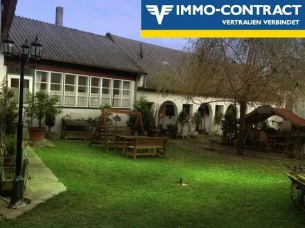 Wunderschönes Landhaus mit zwei eingerichteten Gästehäusern und Western-Stadel