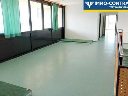 Bürogebäude mit zahlreichen Zimmern, Sanitärräumen und Küche. Teilvermietung möglich!