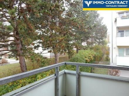ANLEGER ! Gut vermietete 1 Zimmer TOP-Wohnung mit Balkon und PKW-Stellplatz