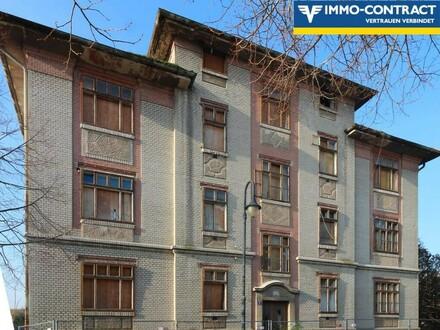 Denkmalgeschütztes Gebäude mit fertigem Projektentwurf