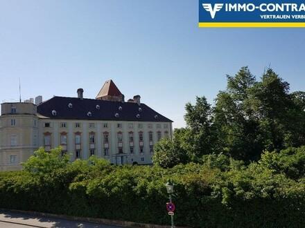 ERSTBEZUG - toll sanierte Altbau-Wohnung