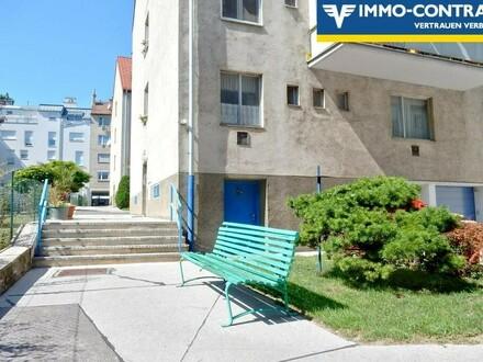 Ruhige Hoflage - sofort Beziehbar oder Vermietbar - 2 Zimmer - Wohnung mit Balkon