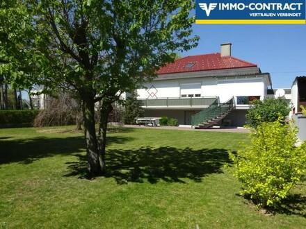 Wunderschönes, sehr gepflegtes Einfamilienhaus, mit Garten und Wintergarten in ruhiger Lage