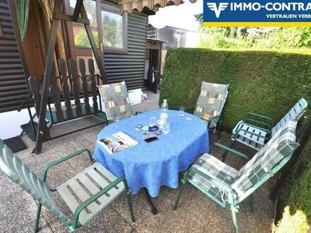 Mobilheimgarten mit mobilem Haus voll ausgestattet