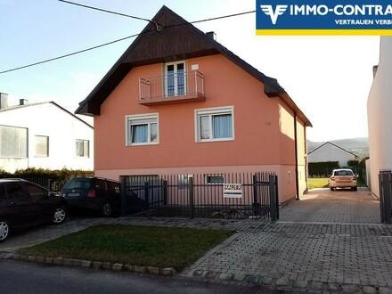 Schmuckes, neu renoviertes Haus mit Thermofassade