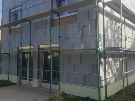 Neubau modernes/ökologisches Ziegelhaus in Ortszentrum in ruhiger Lage