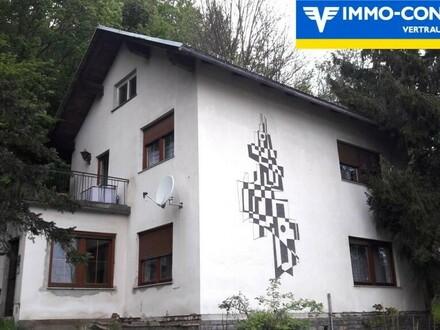 Aussichtslage - Ein- bis Zweifamilienhaus, Baugrund und Garten