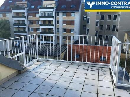 Dachgeschoss-Refugium - ganz oben - mit großer Sonnenterrasse und getrennt begehbaren Zimmern