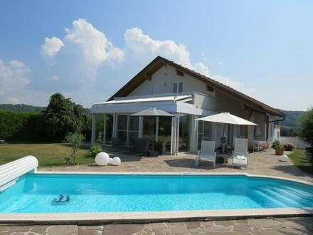 Hochwertiges Ein-/Mehrfamilienhaus in Top Lage inkl. Pool