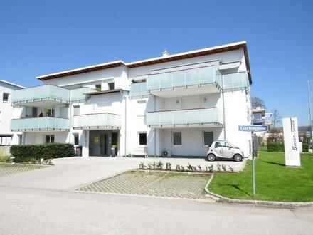 Großzügige Wohnung am Traunsee inkl. Garten, Balkon und Tiefgaragenstellplatz