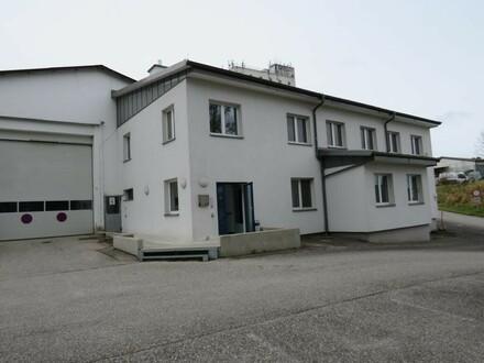Gebäude Ziegelbauweise mit Vollwärmeschutz
