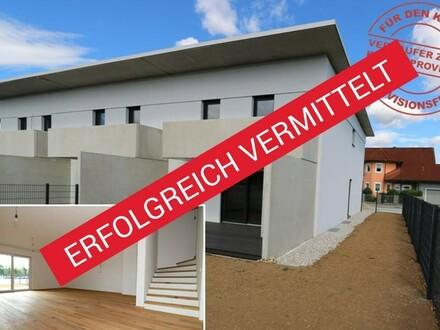 ATTRAKTIVES ECKREIHENHAUS - GEFÖRDERT