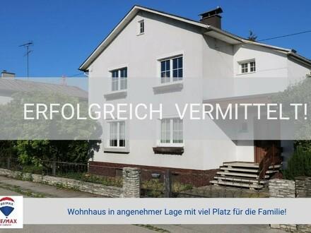 Wohnhaus in angenehmer Lage mit viel Platz für die Familie!
