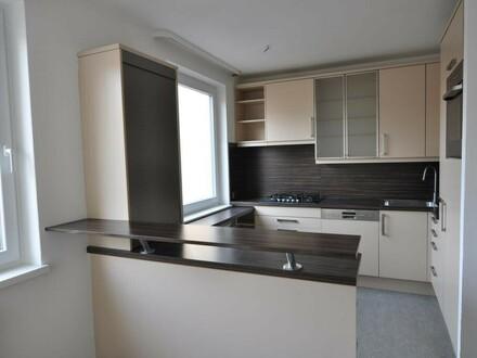 zentrale 4-Zimmer-Wohnung in Grünlage