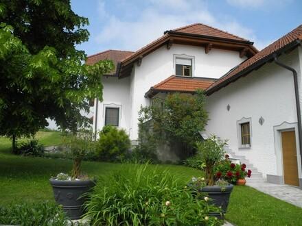Gepflegtes Haus in sonniger, ruhiger Naturlage!