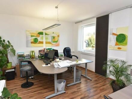 Modernes Büro an der B144