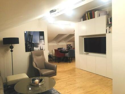 Exklusive 2-Zimmer-Dachgeschoss-Wohnung in zentraler Altstadtlage, Jahrhundertwendehaus