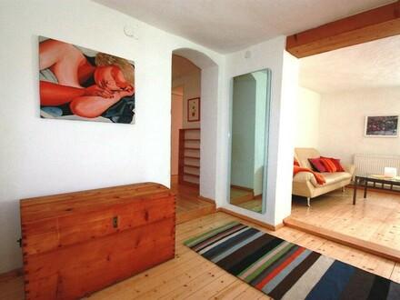 Salzburg, Altstadtwohnung Linzergasse, sonnige Maisonette, 4 - 5 Zimmer zum Arbeiten und Wohnen mit besonderem Ambiente und…