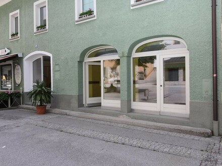 Geschäftslokal- / Büro direkt im Zentrum von Werfen