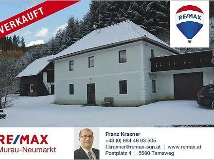 Haus mit Stallgebäude in idyllischer Lage in Kärnten