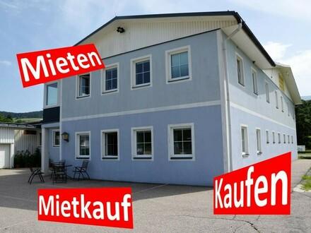 Betriebsliegenschaft in Neumarkt in der Steiermark mit großer Wohnung